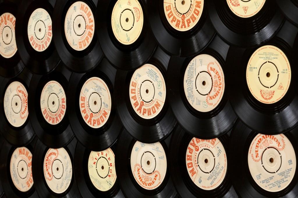 Retro vinyl music