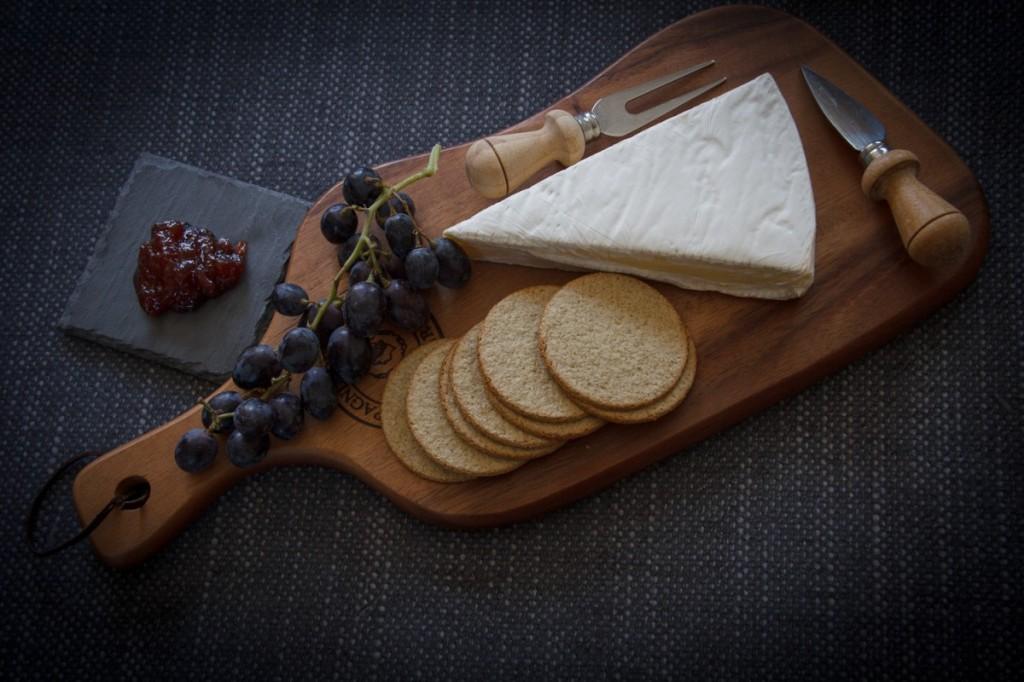 seasonal, healthy, simple recipe, continental, cheese, cheeseboard
